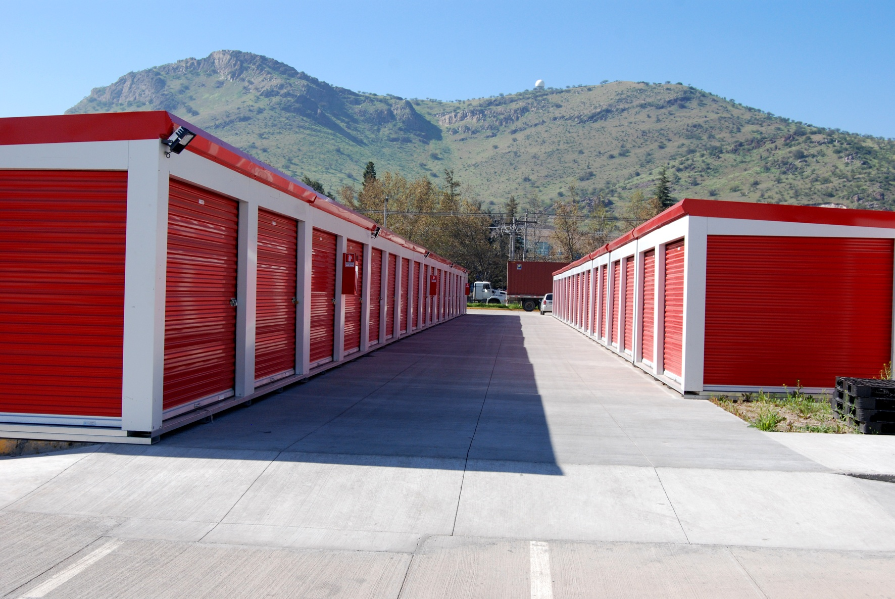 Drive-up Portable Storage Units in facility