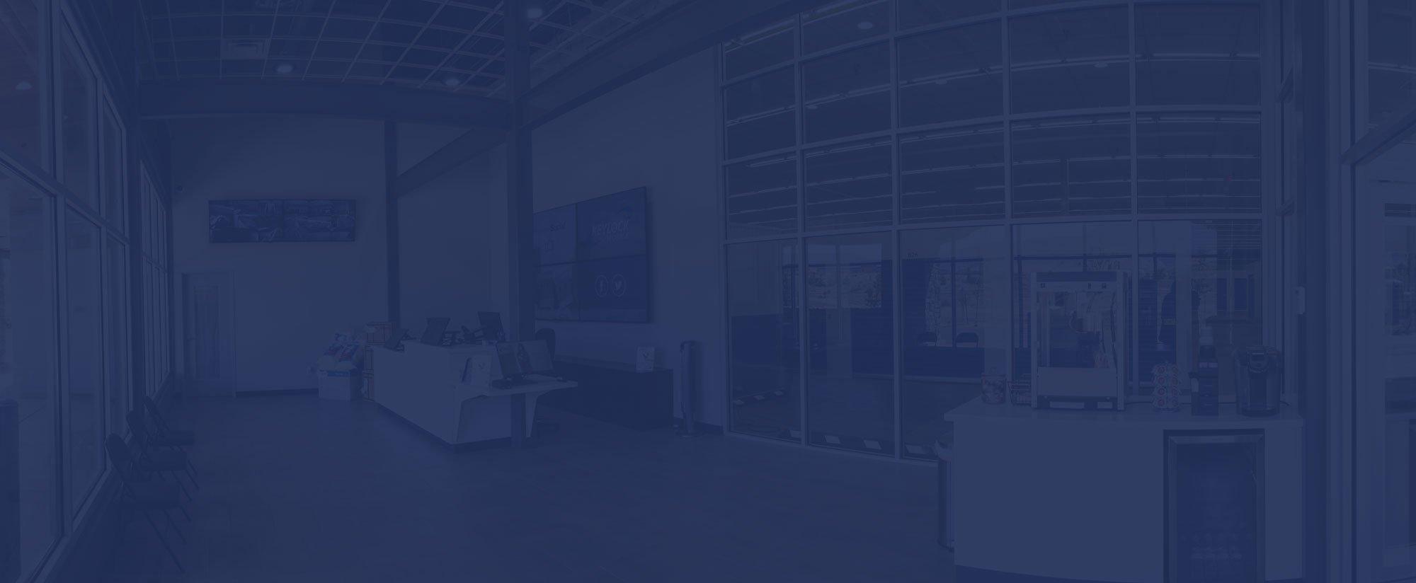 smart_facilities_darkblue_bg